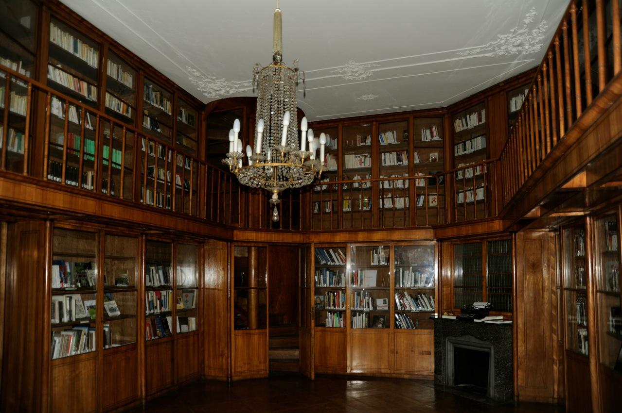 Palais Clam Gallas, Library