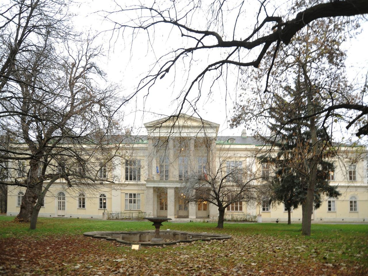 Palais Clam Gallas, Vienna